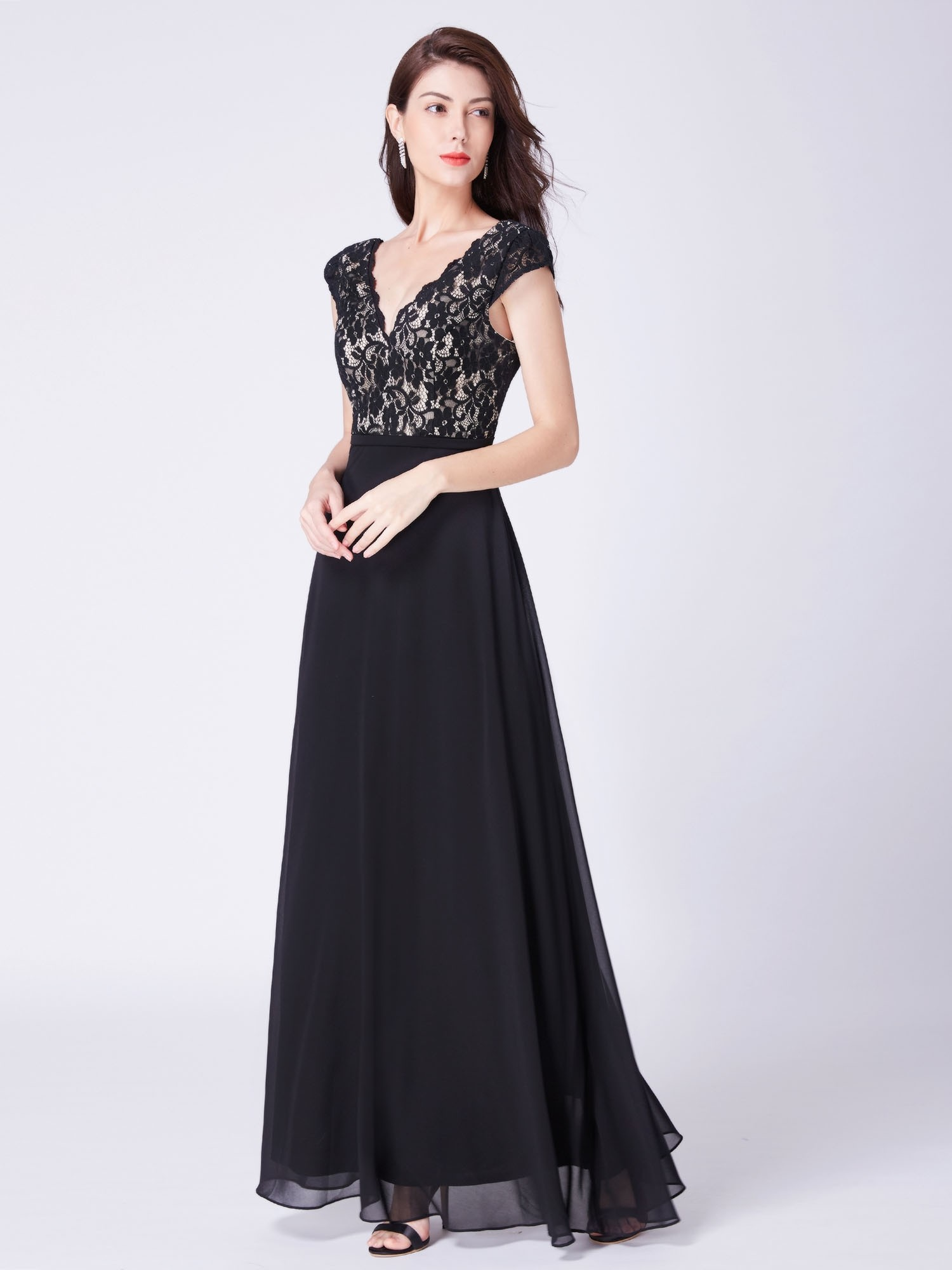 Black Long V Neck Lace Mother of The Bride Dresses