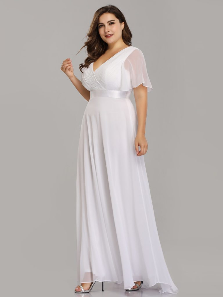 Long White Plus Size Mother Dresses with Short Flutter Sleeves